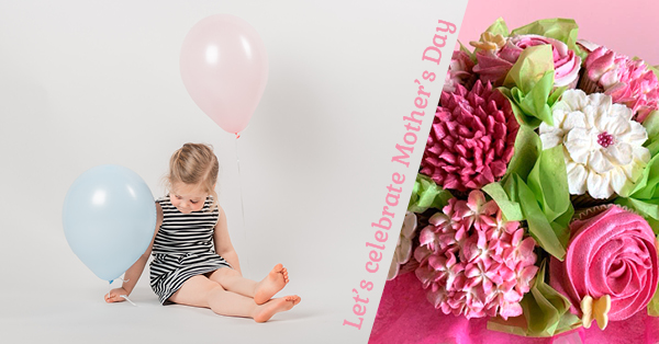 Photos & cupcakes to celebrate Mother's Day