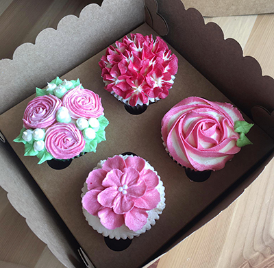 flower cupcakes for Mother's Day